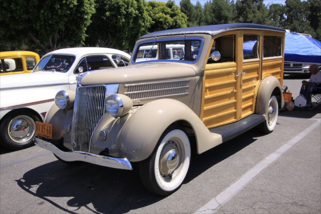 1936-Ford-woody