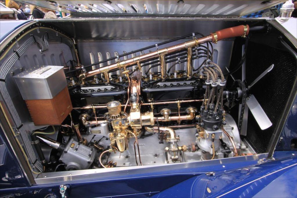 Rolls-engine