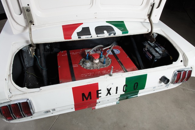 Shelby gt350 r trunk