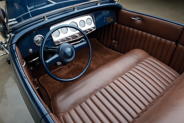 1932 Ford Lakes Roadster interior