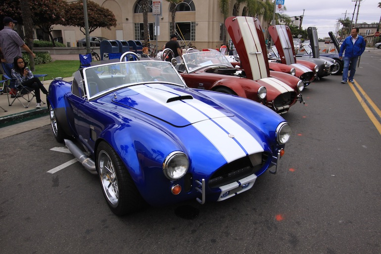 Factory Five Racing HB Cobra blue