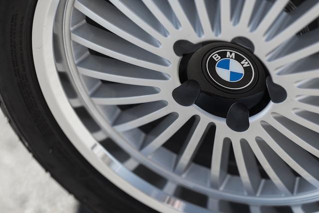 3.0 CSL tire