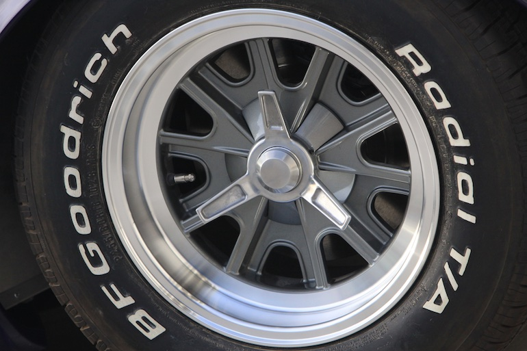 FFR Mk4 Cobra tire wheel