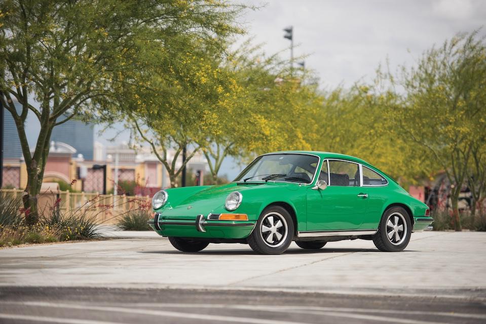 Porsche 911 E front