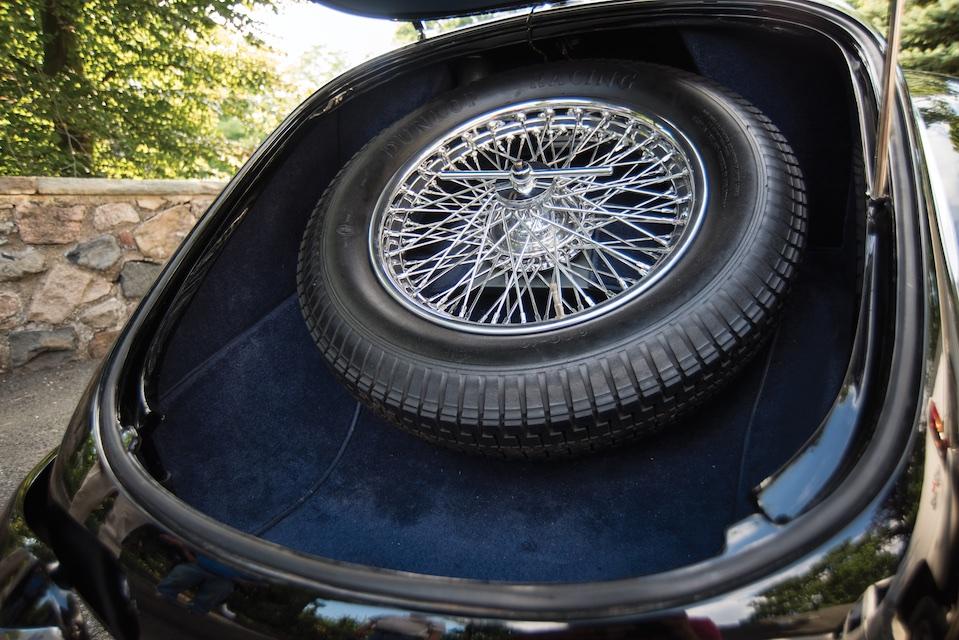Alfa Romeo 8C 2900B trunk